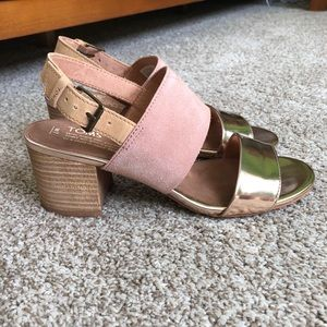 TOMS Poppy Rose Gold Stacked Heel Sandals
